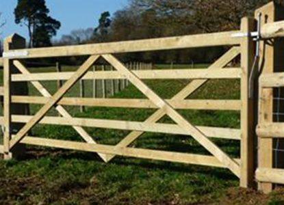 field-gate